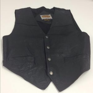 Men's black leather snap front vest